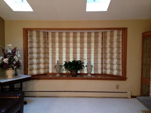 Hobbled Roman Shade For Bay Window