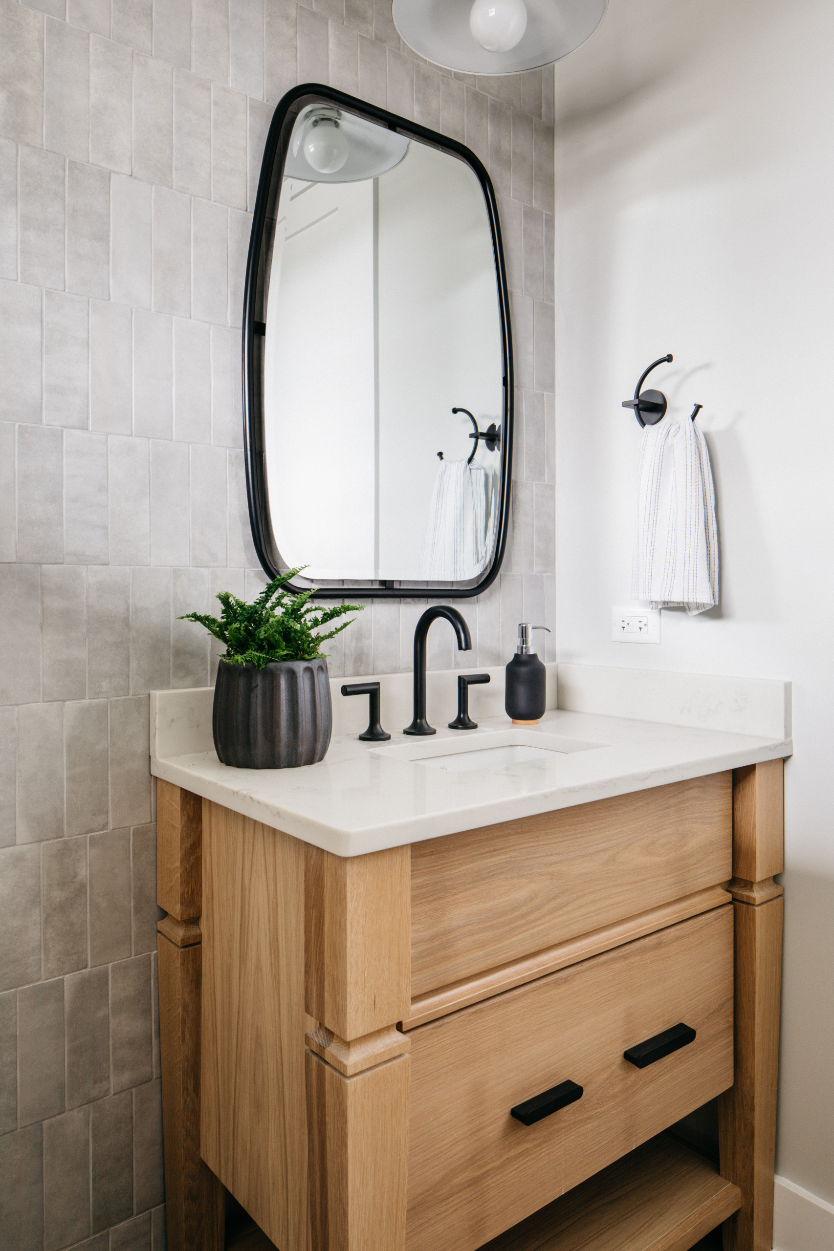 gray tile bathroom pictures ideas