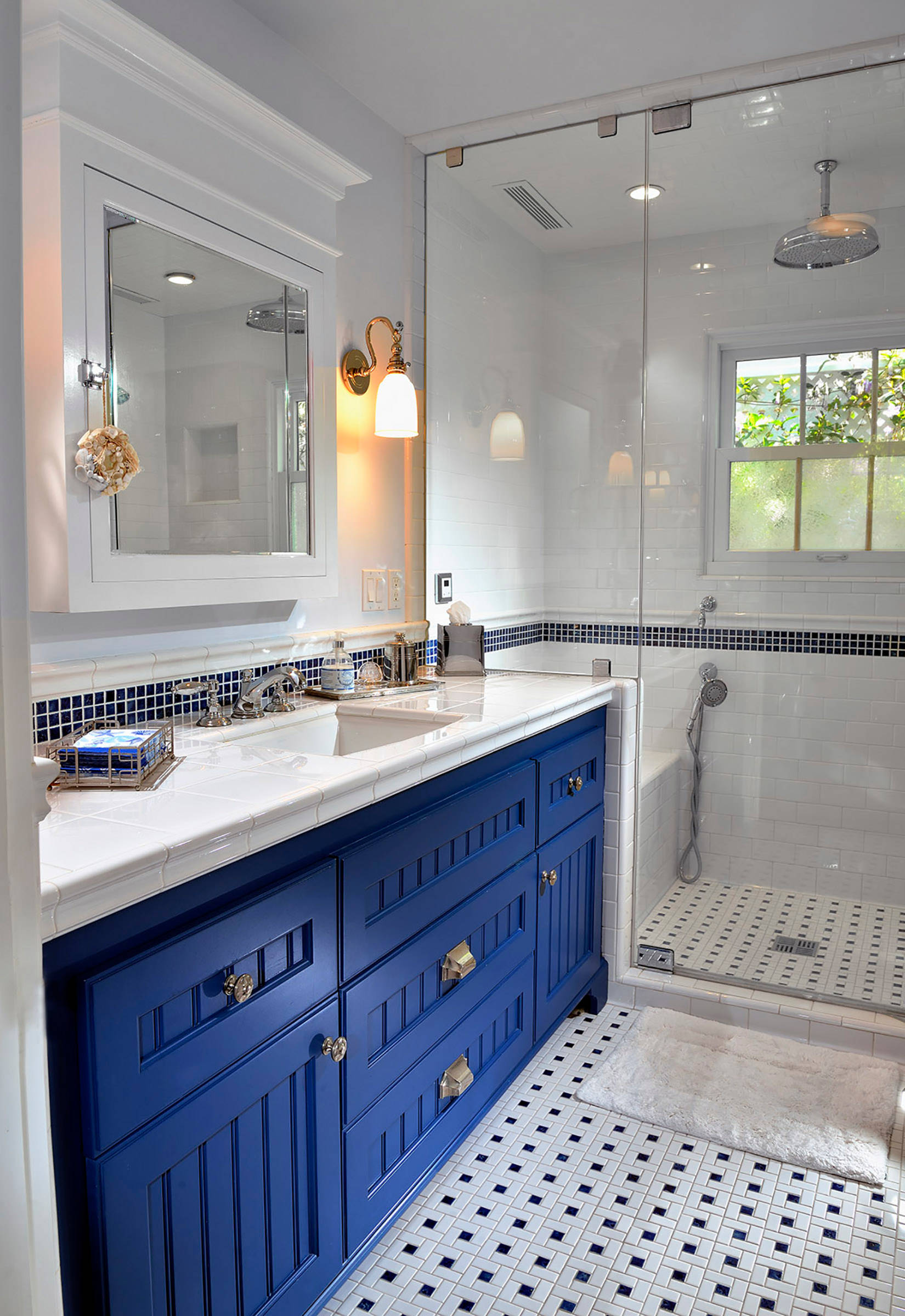75 Beautiful Bathroom With Tile Countertops Pictures Ideas November 2020 Houzz