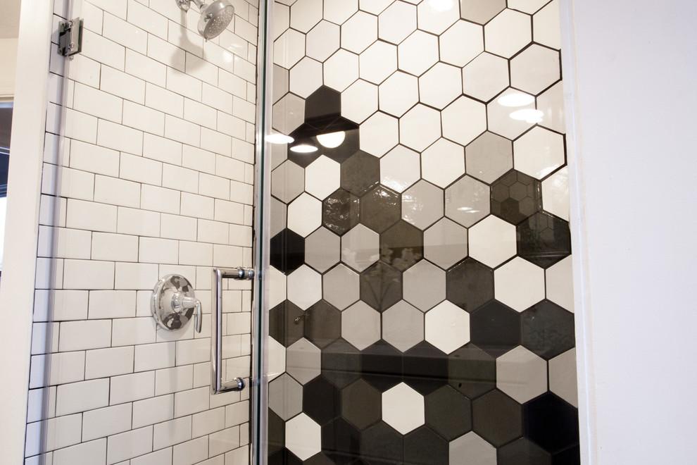 gradient black white hexagon shower