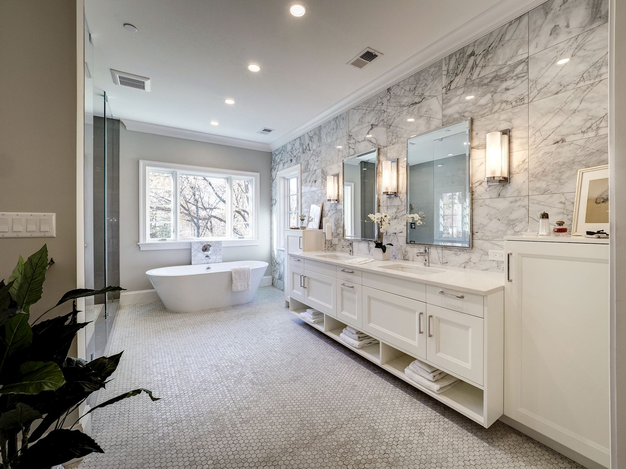 75 Beautiful Bathroom With White Cabinets Pictures Ideas December 2020 Houzz