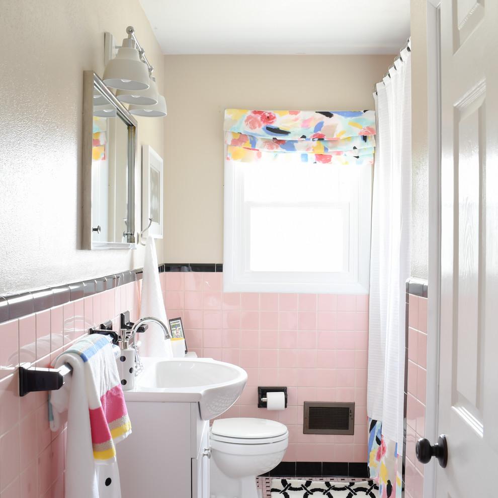 vintage pink tile bathroom midcentury
