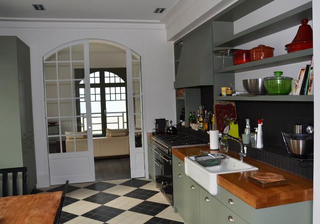 Cuisine Amenagee Sur Mesure Style Anglais Contemporary Kitchen Le Havre By Menuiserie Resbeut Houzz