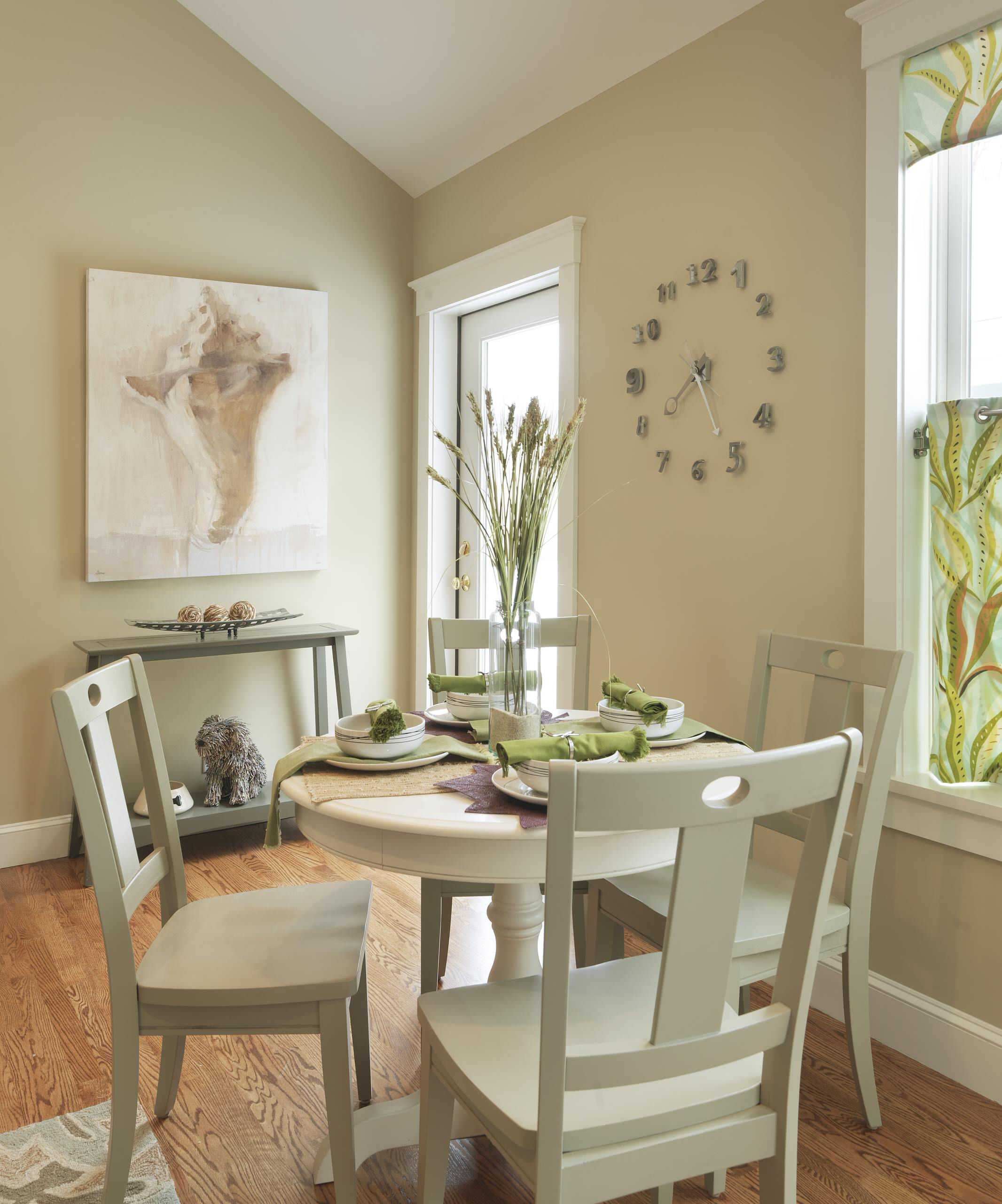 Small Dining Tables Houzz