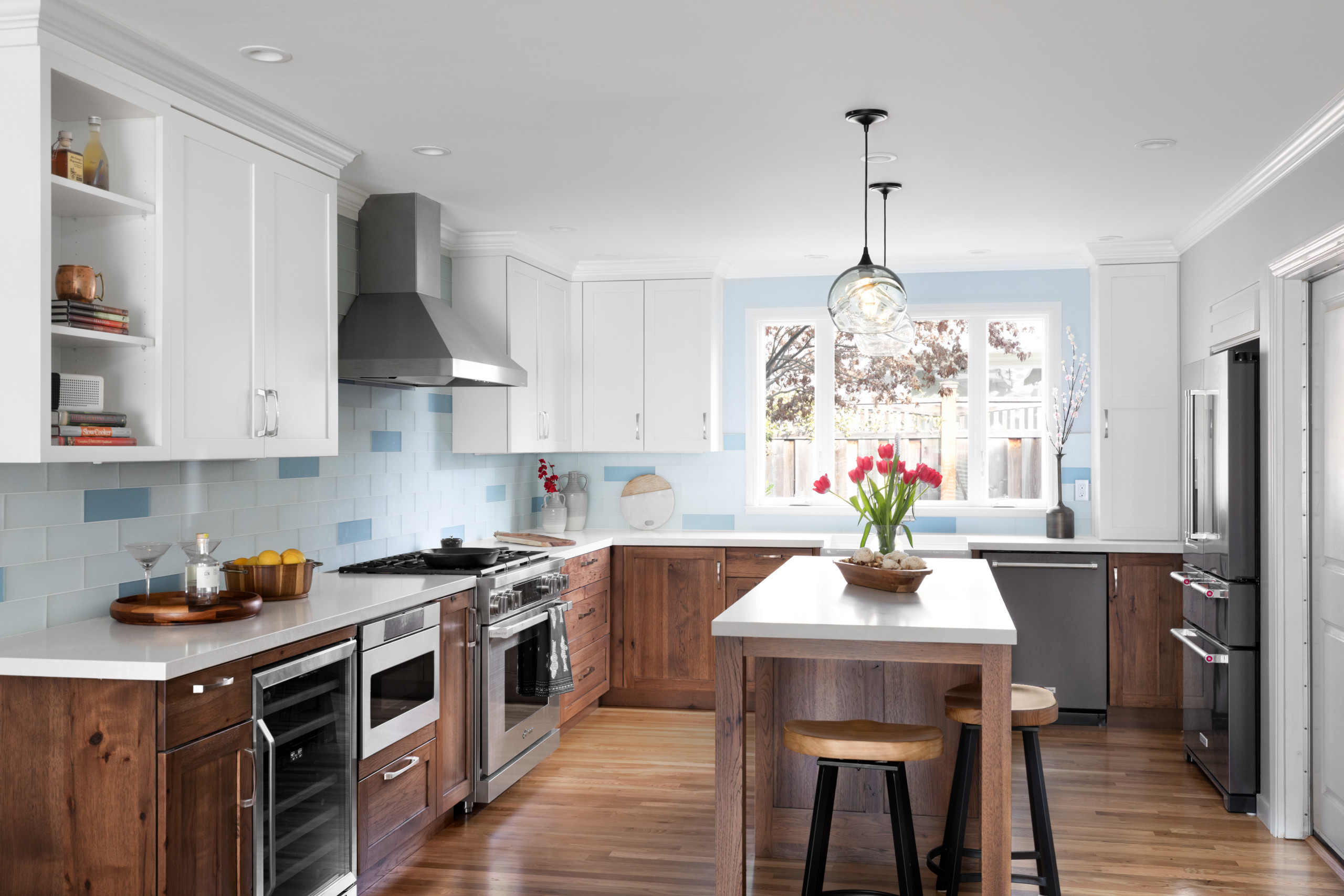 75 Beautiful Transitional Kitchen Pictures Ideas November 2020 Houzz