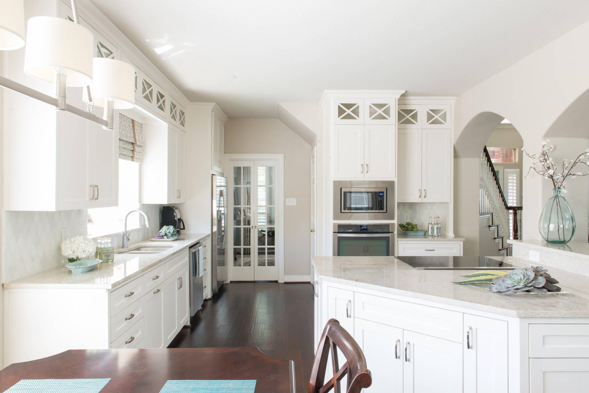 White Cabinets With Dark Granite Ideas Photos Houzz