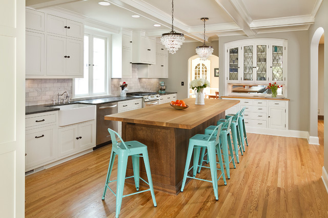 your kitchen island lighting right
