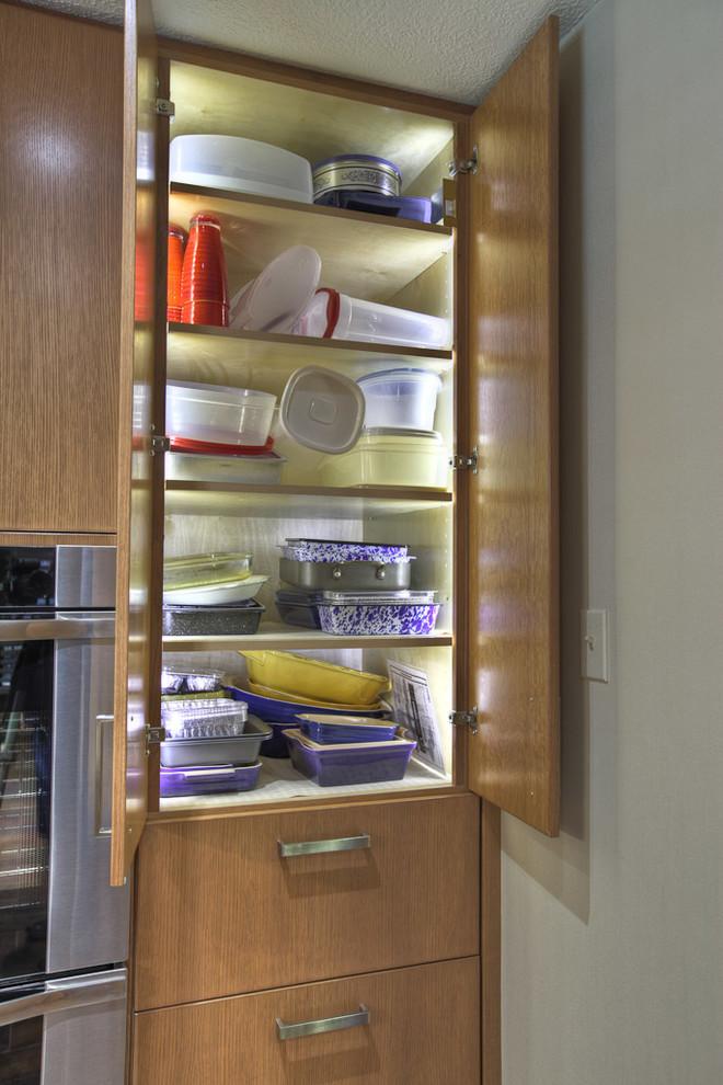 inside cabinet lighting modern