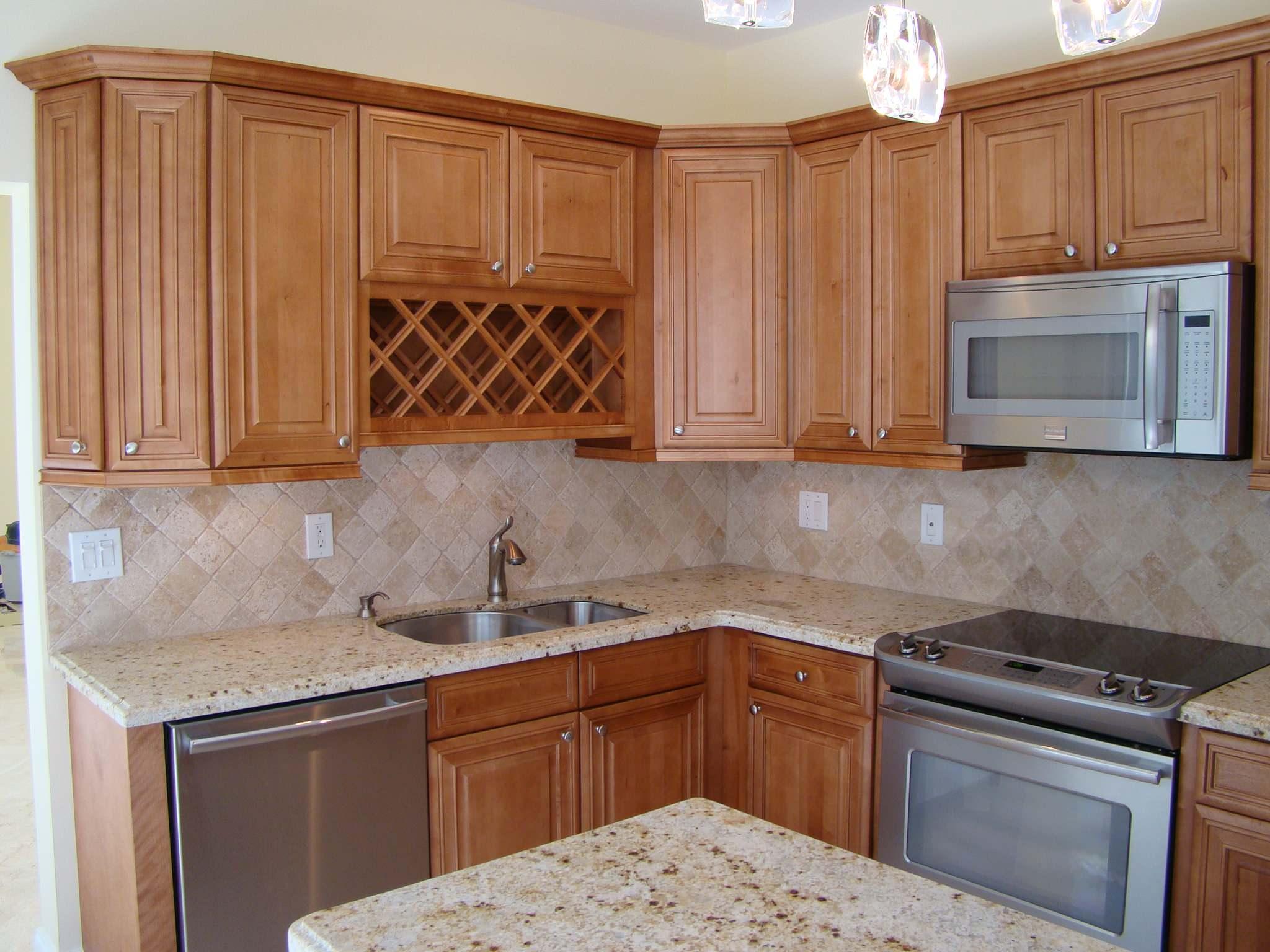 kitchen travertine backsplash tile