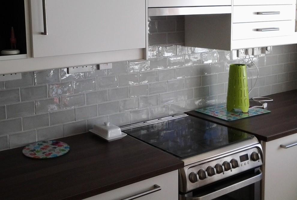 kitchen backsplash grey gloss subway