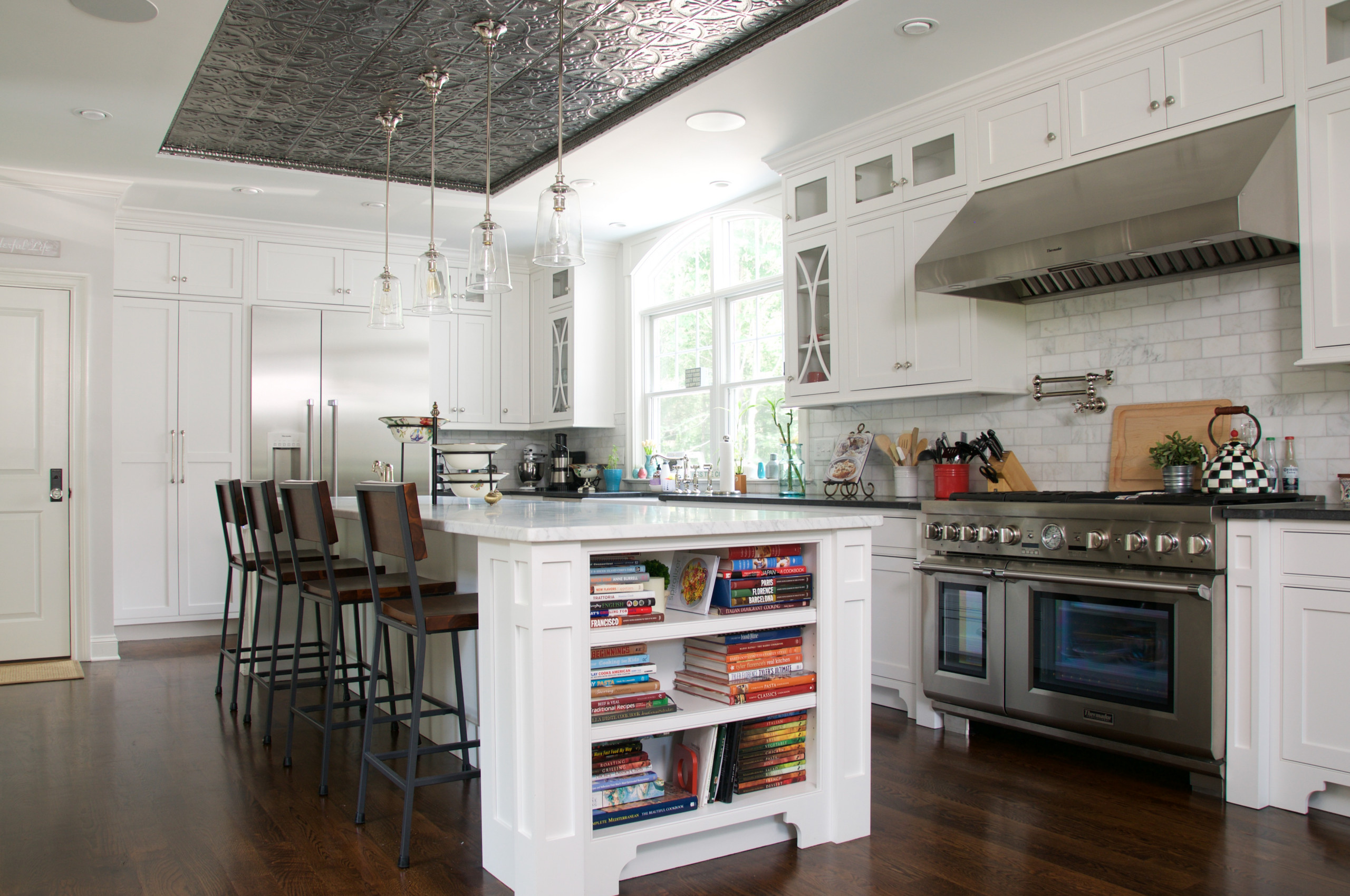 75 Beautiful Kitchen With Black Countertops Pictures Ideas November 2020 Houzz