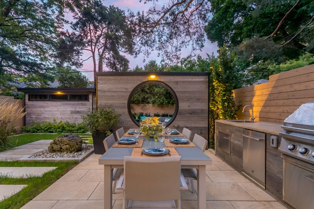 gardens with creative outdoor room dividers