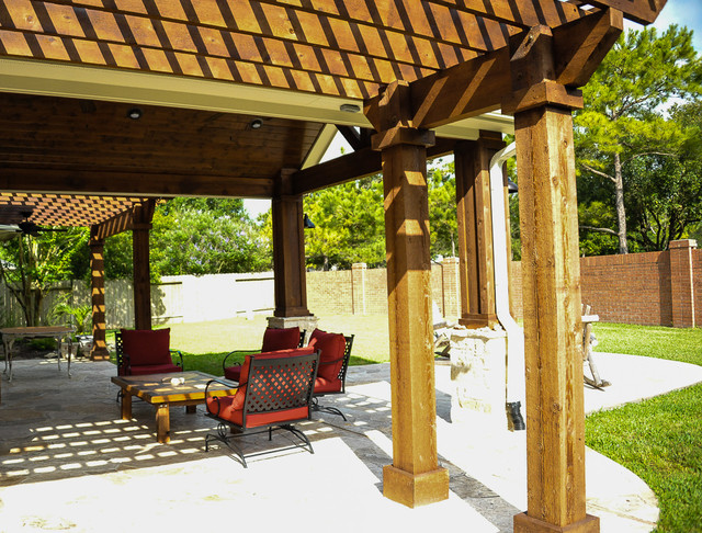 covered patio pergolas and fire pit