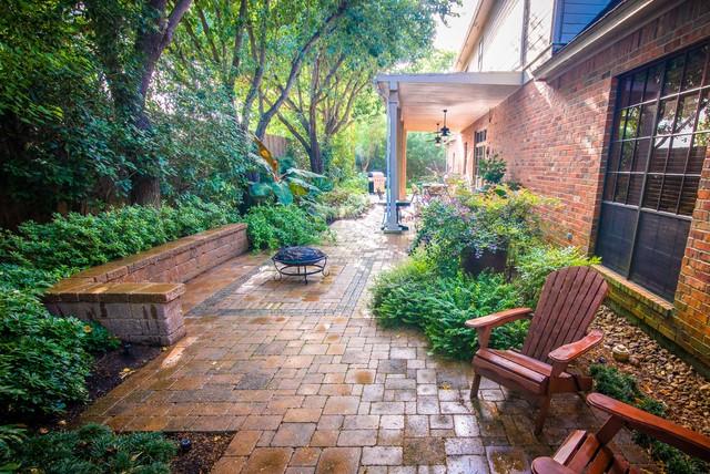 new orleans inspired backyard