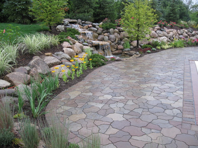 water fall and pond flagstone paver