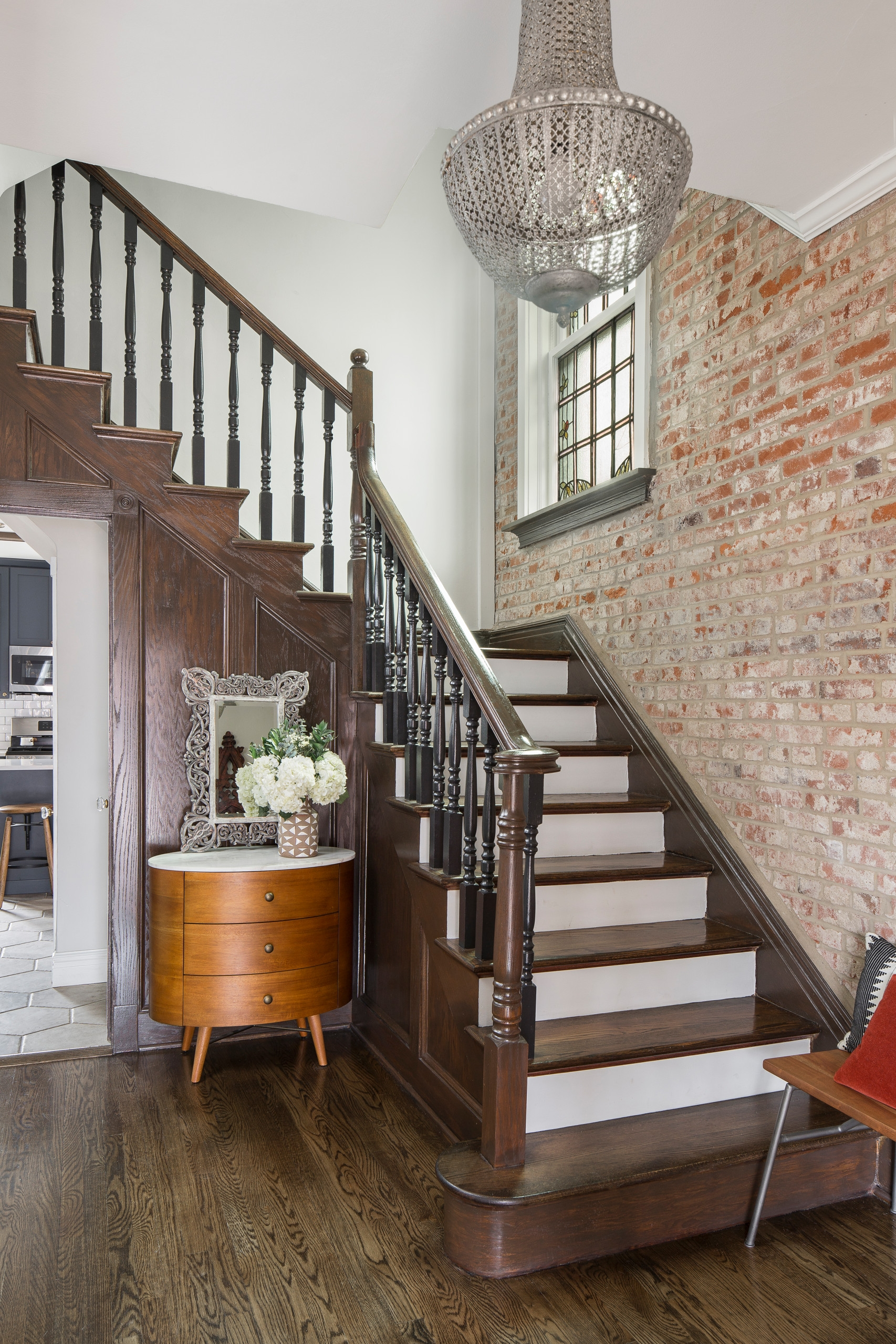 75 Beautiful Staircase Pictures Ideas September 2020 Houzz | Steps Side Wall Designs | Bedroom | Small House | Marble | Dining Room | Wall Highlight