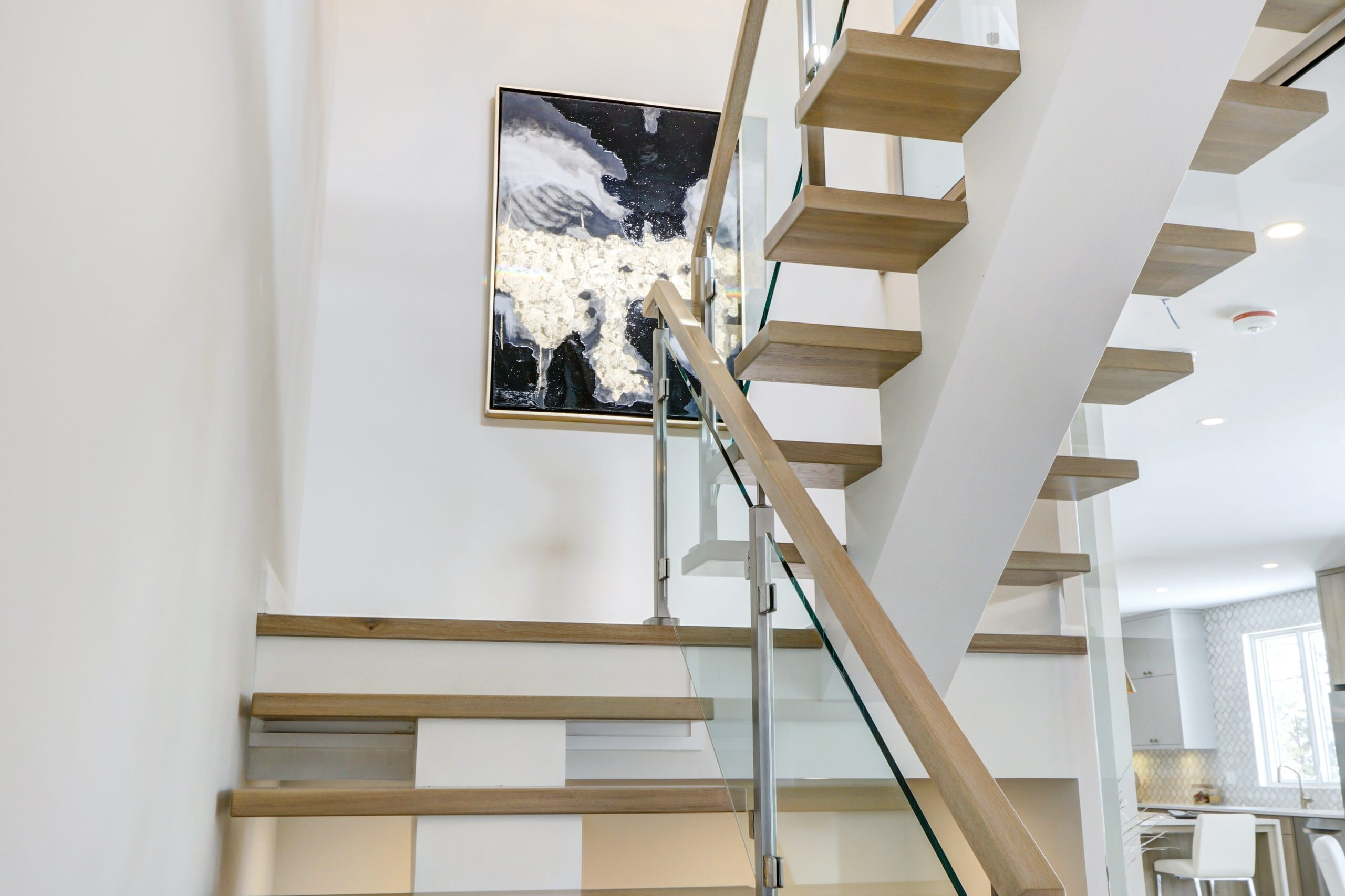 2Nd Floor Landing Staircase Photos Houzz | 2Nd Floor Stairs Design | Floor Plan | Low Cost | Outside | Unique | Contemporary
