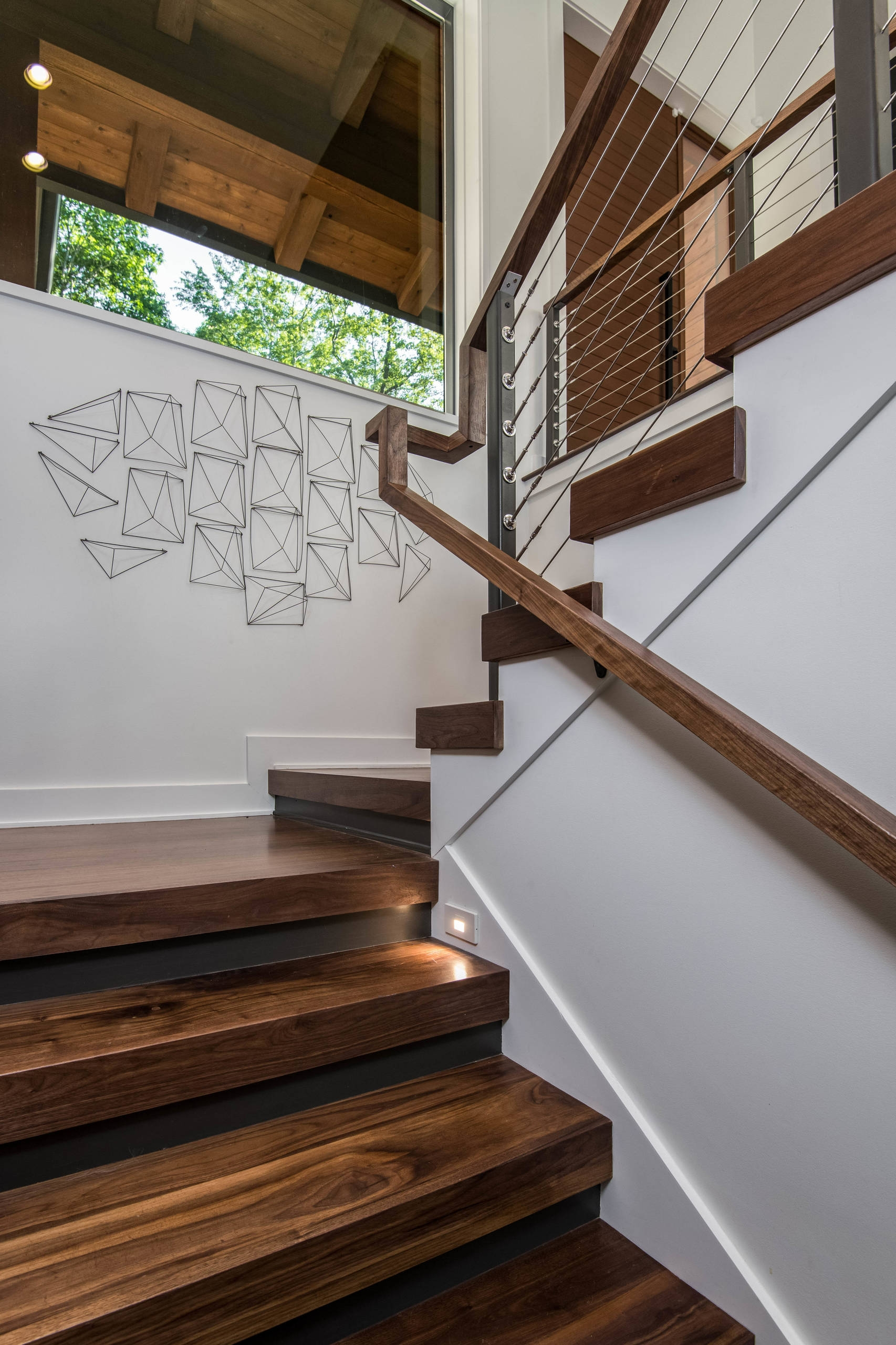 75 Beautiful Modern Staircase Pictures Ideas September 2020 | Simple Staircase Designs For Homes | Kitchen | Interior | Tiny | Simple 2Nd Floor House | Space Saving