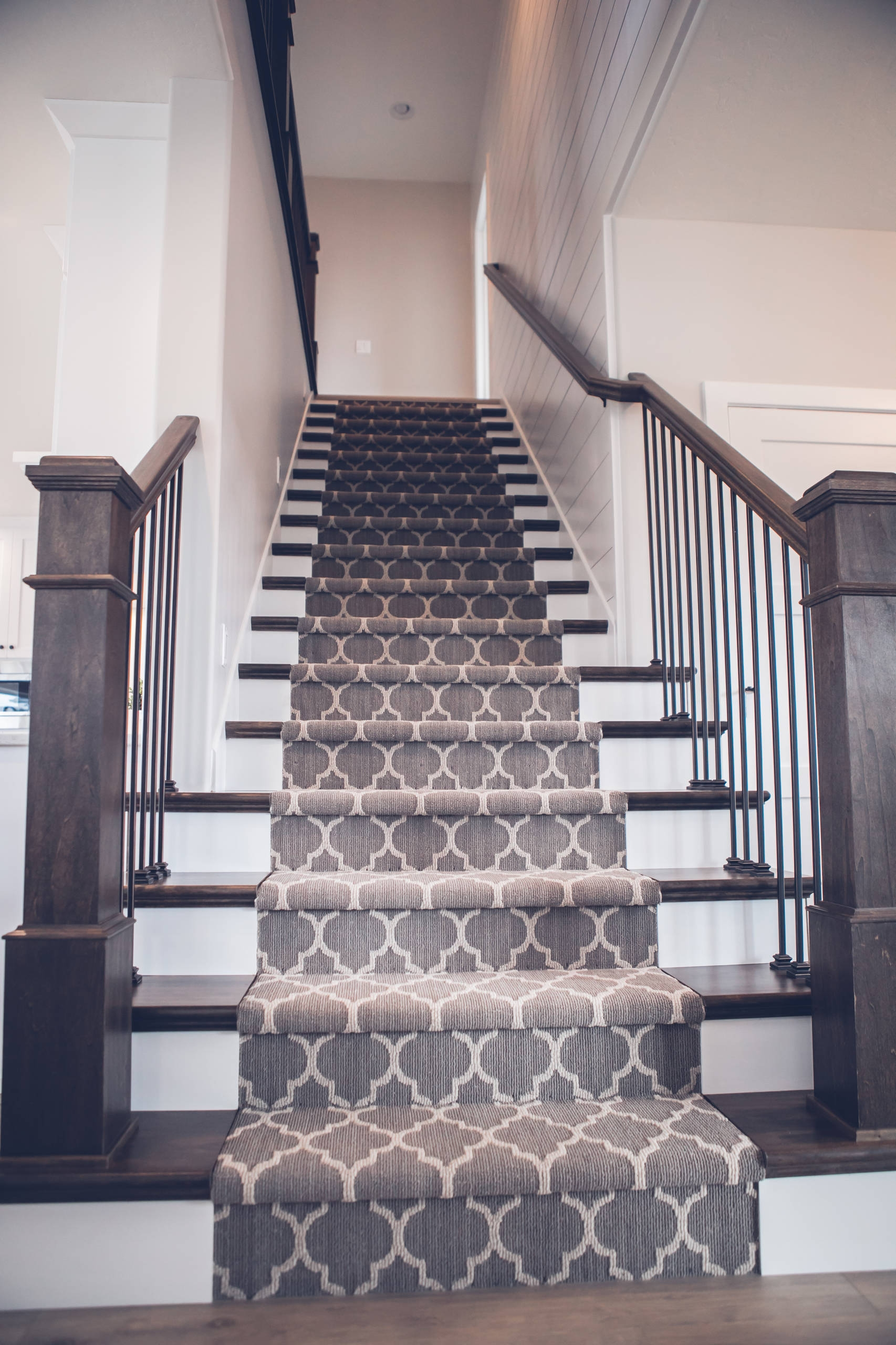 Grey Staircase Spindle Ideas Houzz | Grey Banister White Spindles | Silver | Indoor | Pewter | Gloss | Wrought Iron