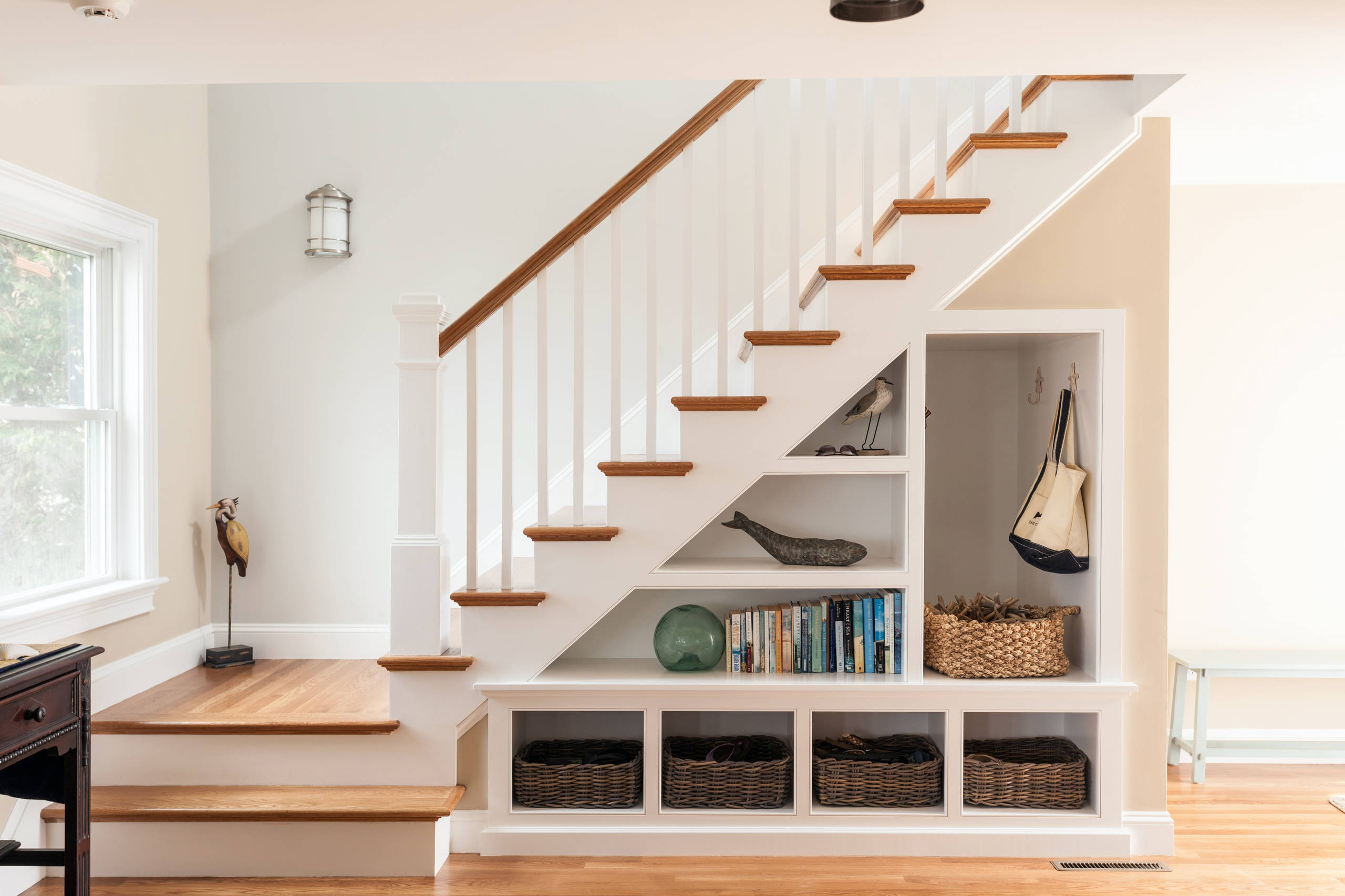 75 Beautiful Staircase Pictures Ideas September 2020 Houzz | Designer Stairs For Houses | Cool | Contemporary | Fancy | Residential | Interior