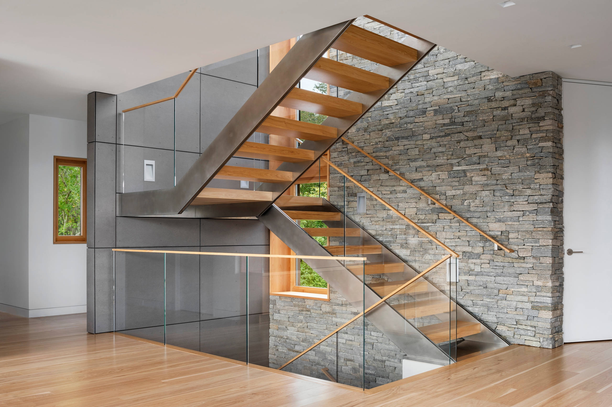75 Beautiful Modern Staircase Pictures Ideas September 2020 | Staircase Side Window Designs | Window Furniture | Two Story | Angled Staircase | Bedroom | Corner