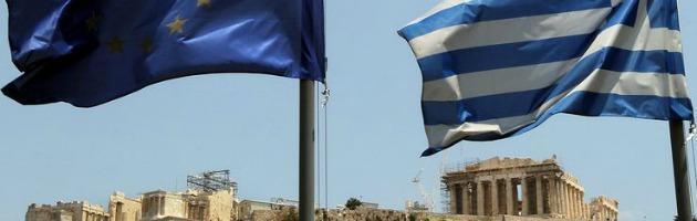 Grecia, le multinazionali fanno affari ma tagliano stipendi e indennità