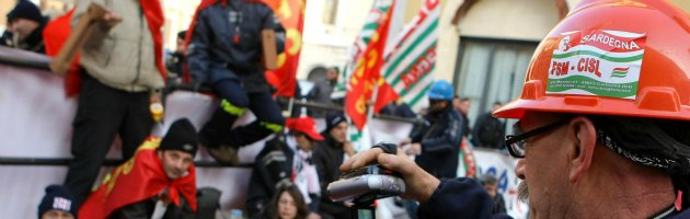 https://i2.wp.com/st.ilfattoquotidiano.it/wp-content/uploads/2013/02/licenziamenti_interna_nuova.jpg