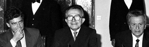 https://i2.wp.com/st.ilfattoquotidiano.it/wp-content/uploads/2013/05/andreotti_interna_bw.jpg