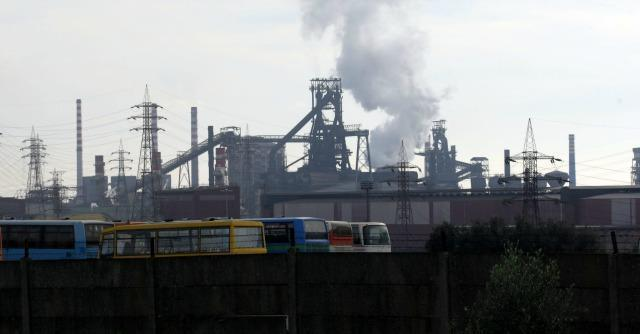 """M5S e ambientalisti contro il dl emergenze: """"Nel testo l'ennesimo regalo all'Ilva"""""""