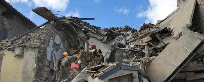 Terremoto Centro Italia: oggi lacrime, domani sorrisoni e dopodomani grandi opere