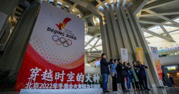 Olimpiadi invernali di Pechino, regole ferree per il rischio Coronavirus: vaccini obbligatori, percorsi fissati, socialità al minimo