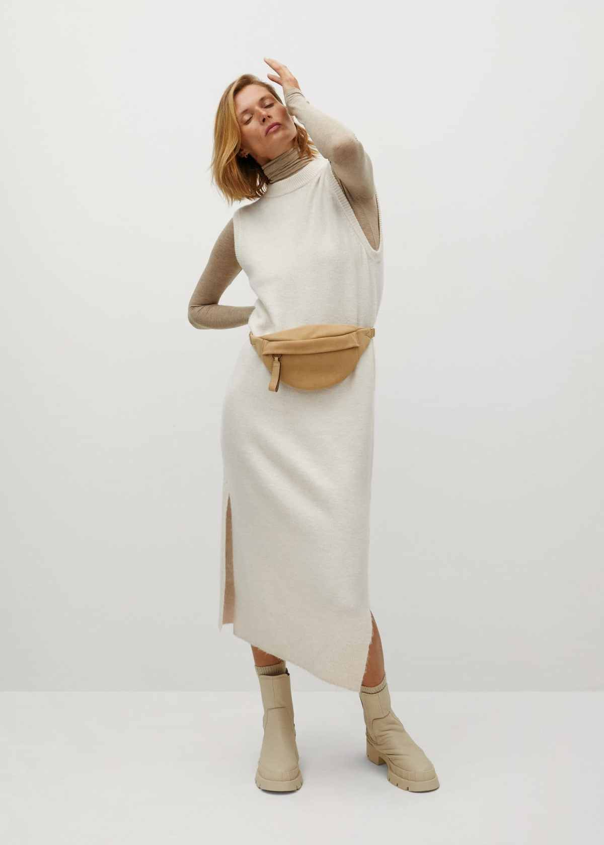 Fine knitted dress - General plane