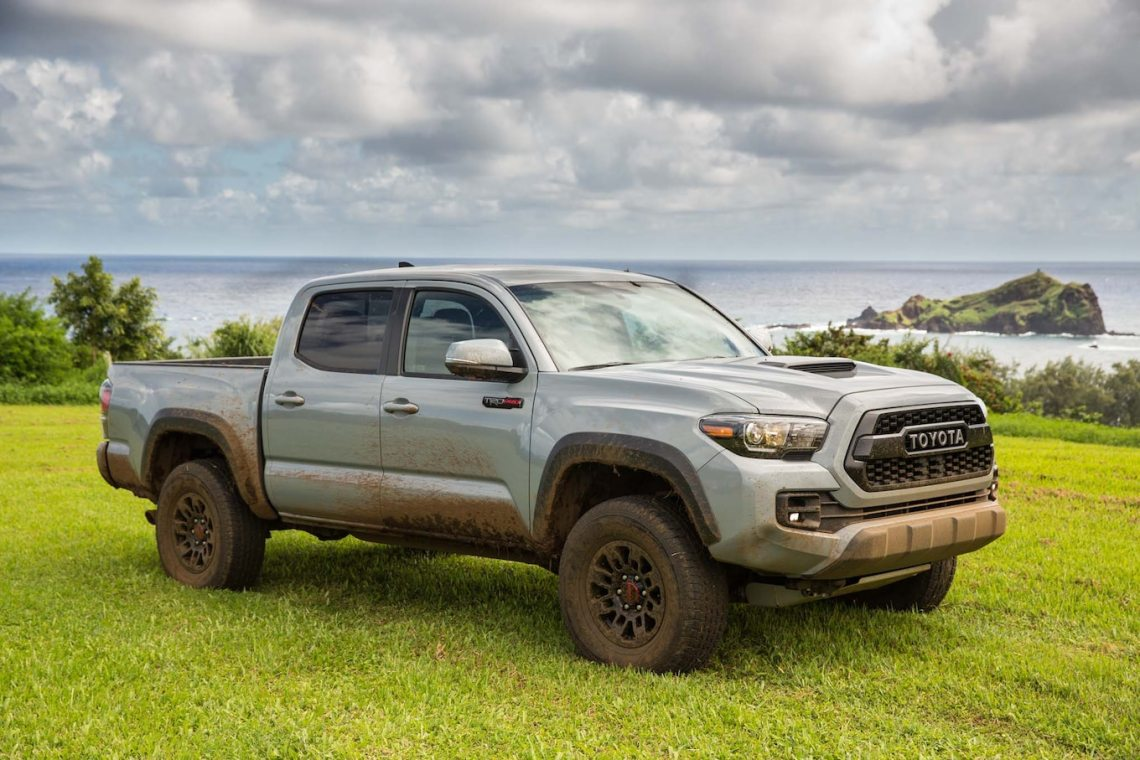 2019 toyota tacoma trd pro shows off snorkel intake ahead of chicago