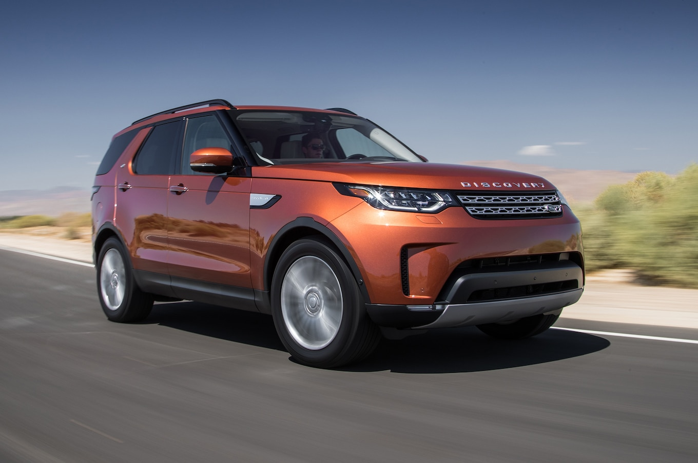 2017 Land Rover Discovery First Test Civilized Beast Motor