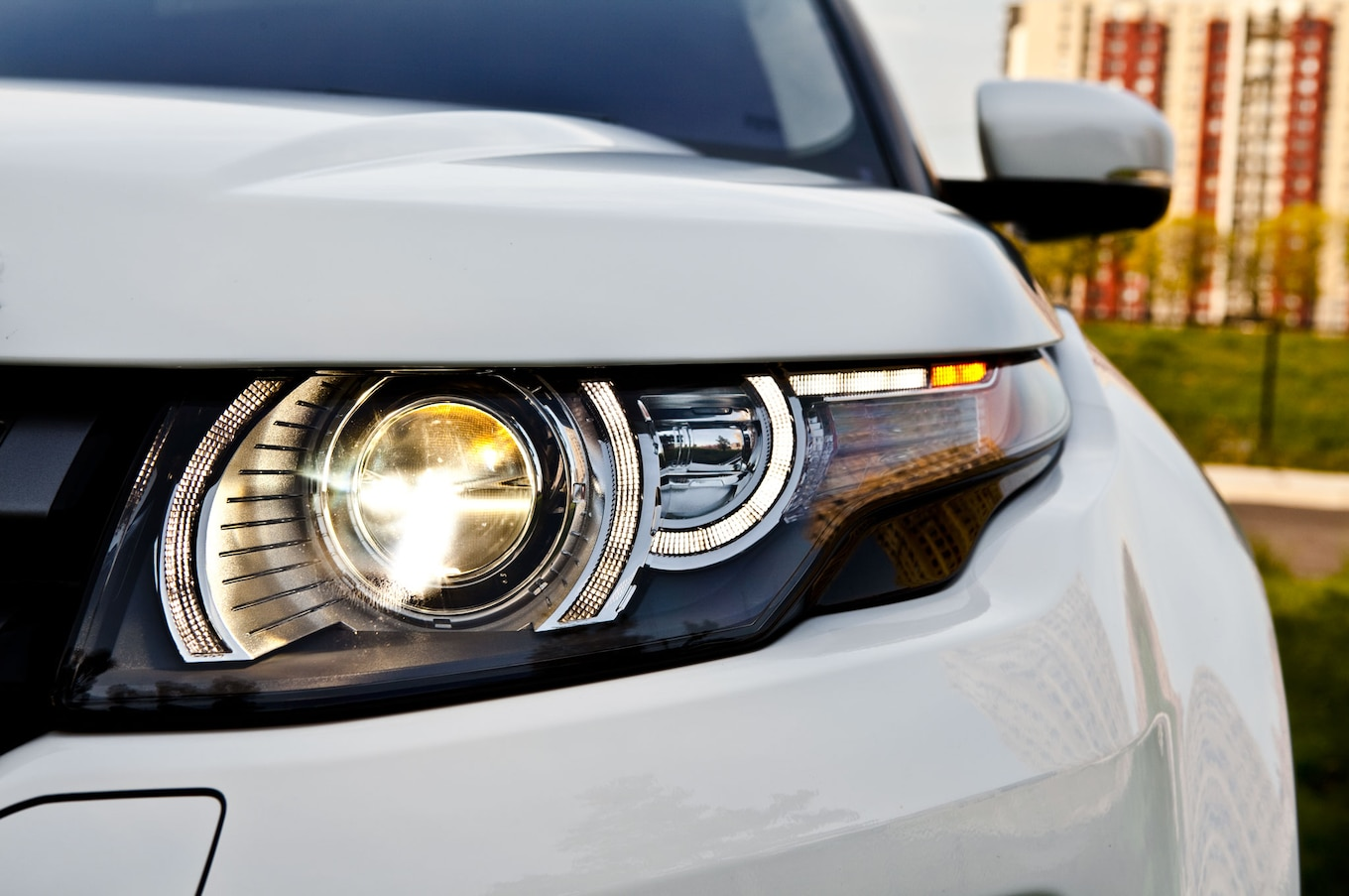 2012 Land Rover Range Rover Reviews and Rating