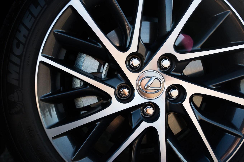 2016 Lexus ES350 Reviews and Rating