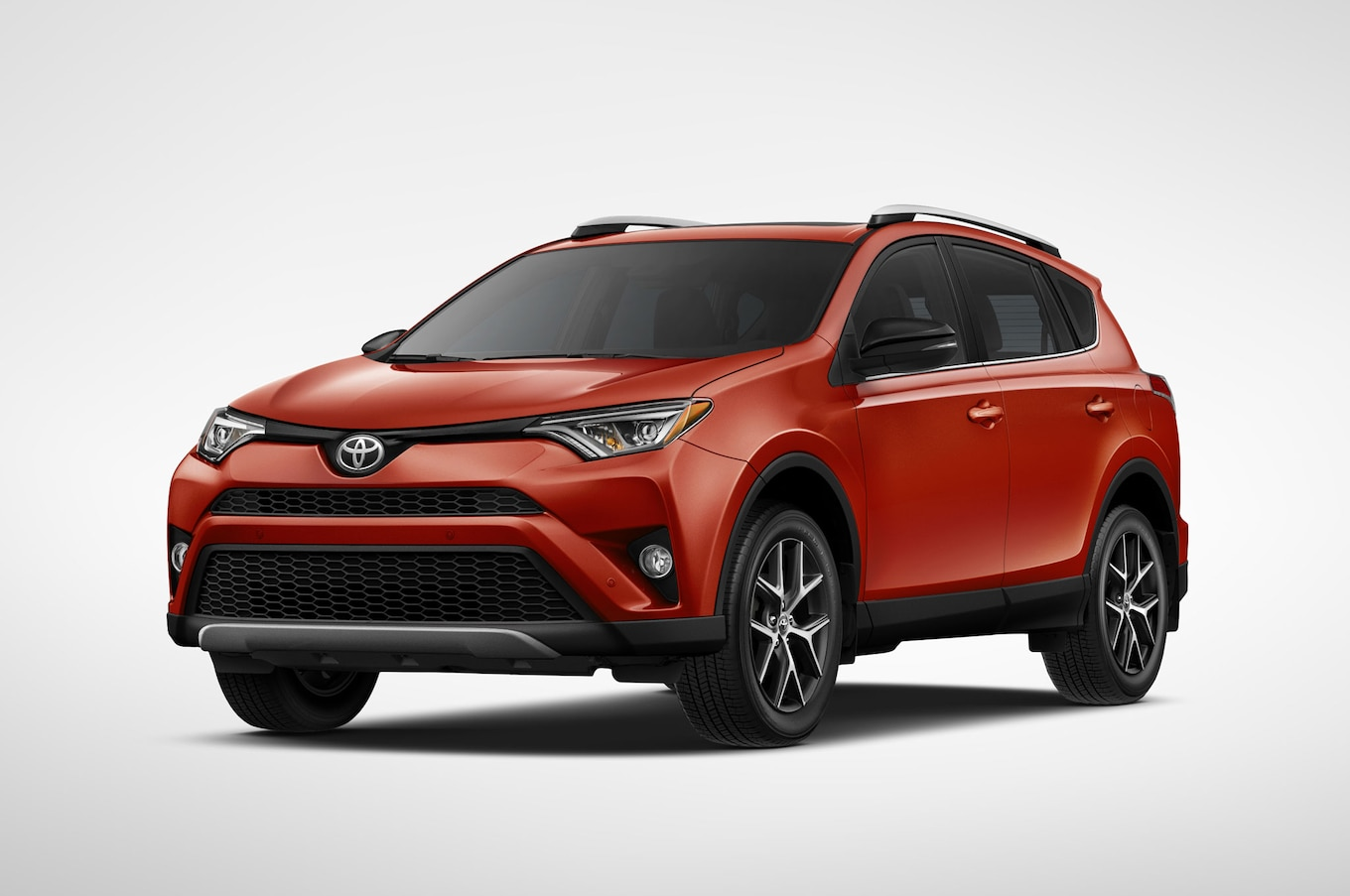 2016 Toyota RAV4 Reviews and Rating   Motor Trend 2016 Toyota RAV4
