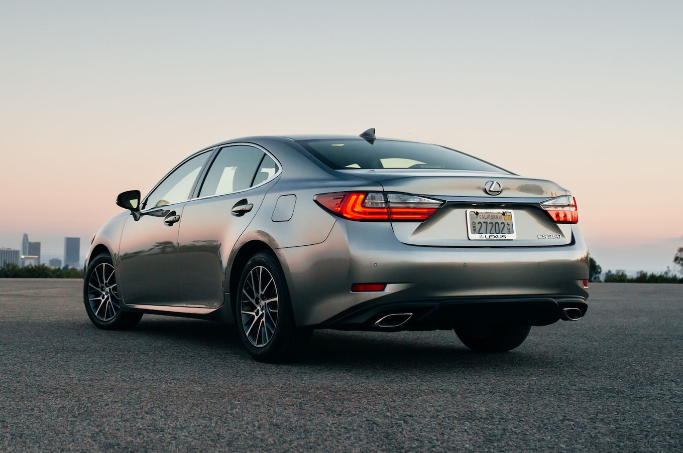 Lexus ES350 Reviews Research New & Used Models