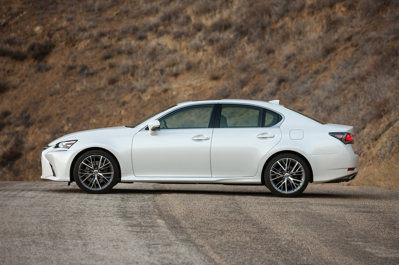 2017 Lexus GS Reviews and Rating