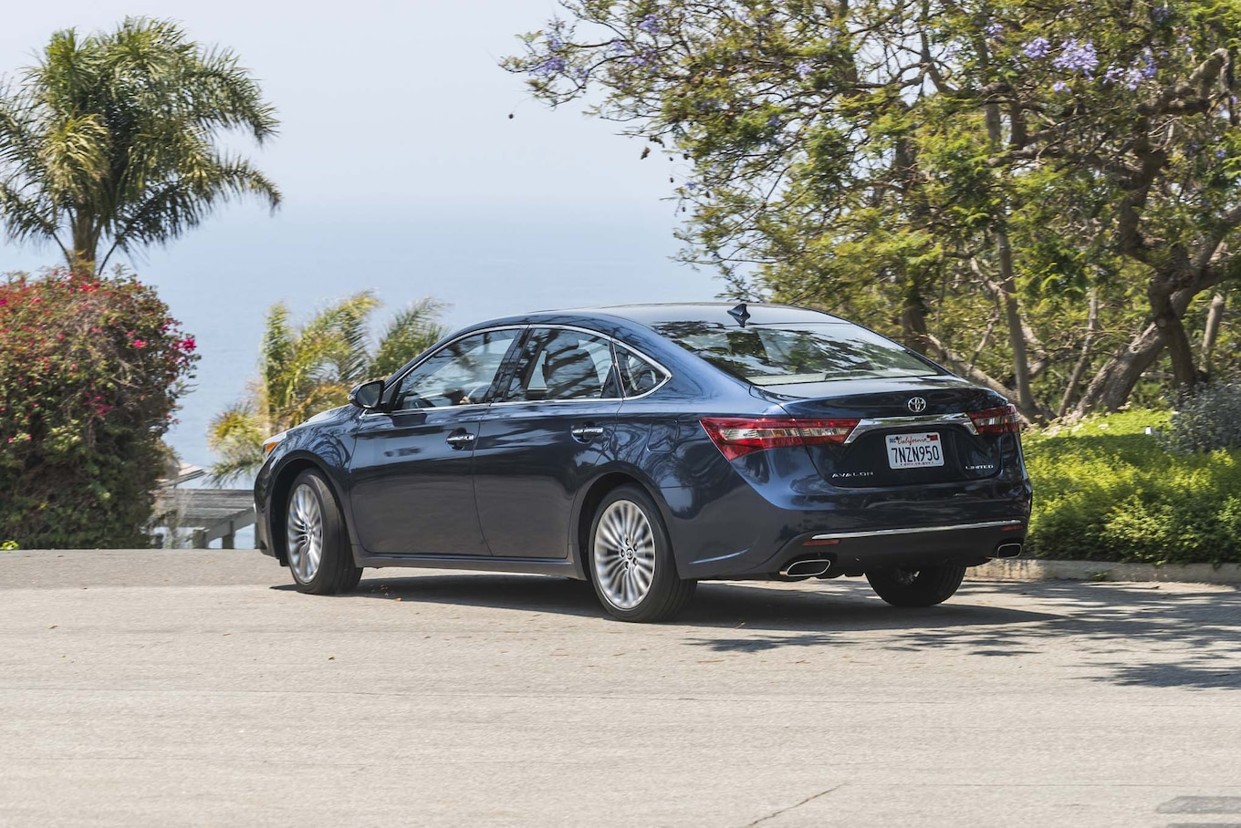 2017 Toyota Avalon Reviews and Rating
