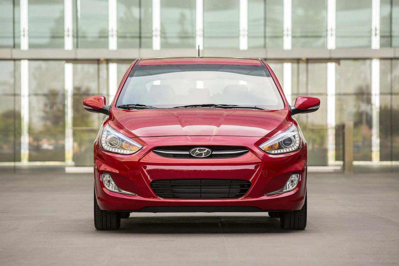 Accent Hatchback Hyundai 2016