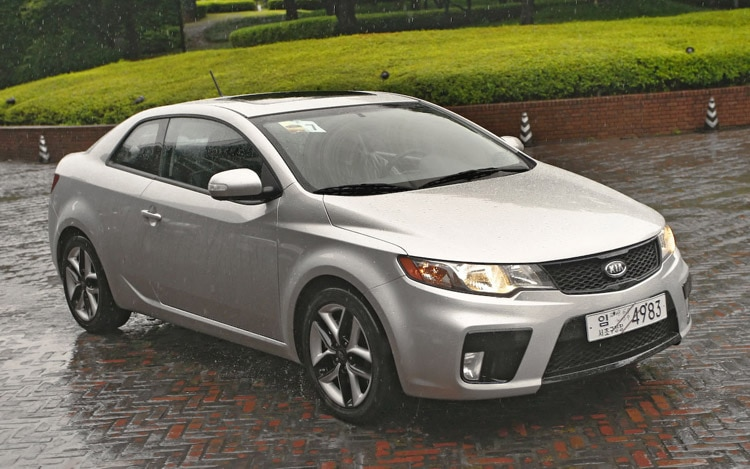 2010 Kia Forte Koup First Drive And Review Motor Trend
