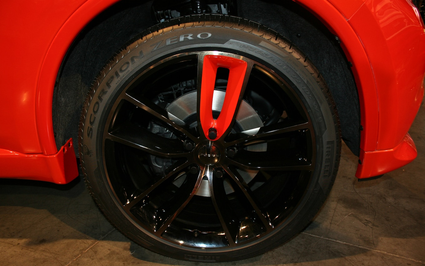 Rims Challenger White And Dodge Black White 22