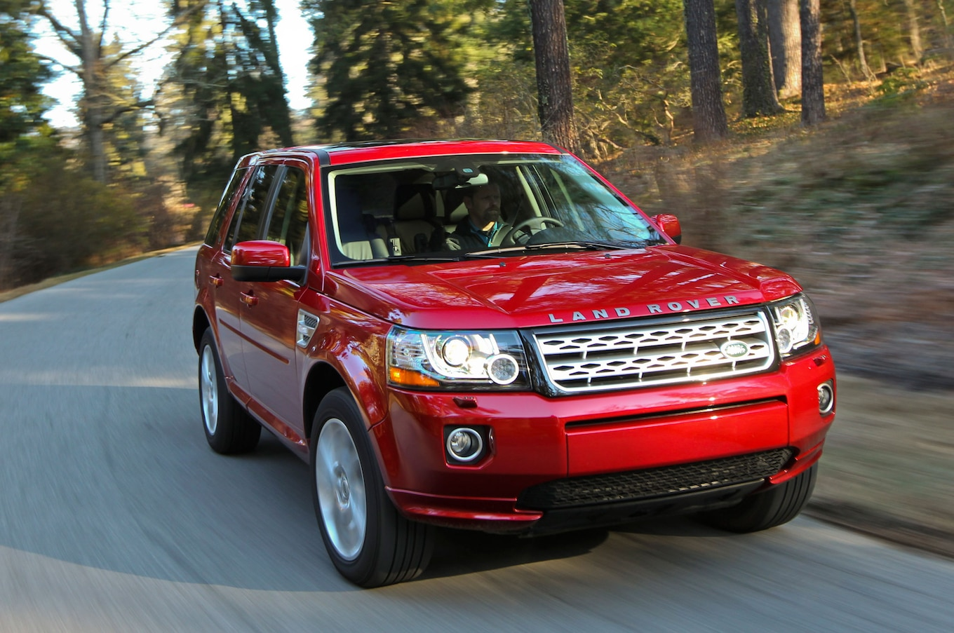 Next Land Rover LR2 Freelander May Wear Discovery Badges