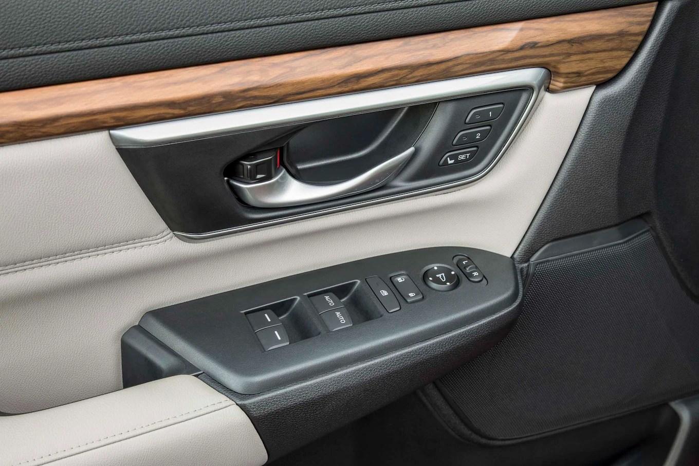 2017 Honda CR V Interior Door Panel 1 Motor Trend