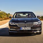 2017 BMW M760i xDrive V12 Excellence front end in motion