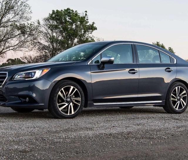 Subaru Legacy Front Three Quarter  E