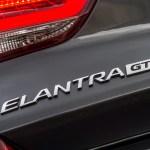 2018 Hyundai Elantra GT badge 02