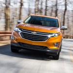 2018 Chevrolet Equinox front three quarter in motion 27