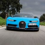 Bugatti Chiron front end quarter in motion 02